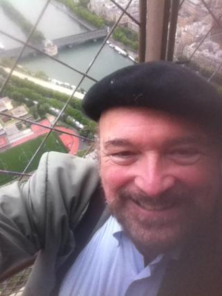 Eiffel selfie